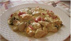 Πεντανόστιμο κοτόπουλο αλά κρέμ με πιπεριές και λευκό κρασί. - E-simboules.gr