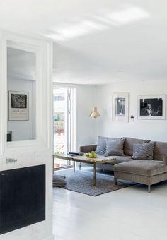 Hus med hvidmalede gulve