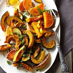 We're teaching you how to cook kabocha squash so you can use it in your next squash recipe. We're even sharing our favorite recipes with kabocha squash, like roasted heirloom squash with sea salt and local honey or citrus-splashed squash. Vegetarian Diabetic Recipes, Diabetic Recipes For Dinner, Clean Eating Recipes, Veggie Recipes, Dinner Recipes, Healthy Eating, Healthy Recipes, Dinner Ideas, Diabetic Meals