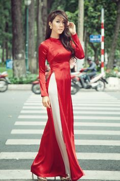 Ao Dai, the dress of Vietnam, at its simplest | Simplest Style ...