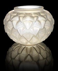 René Lalique 'Languedoc' a Vase, design 1929 opalescent glass, frosted 21.5cm high