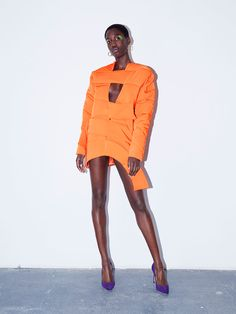 See the complete Marta Jakubowski Fall 2017 Ready-to-Wear collection.