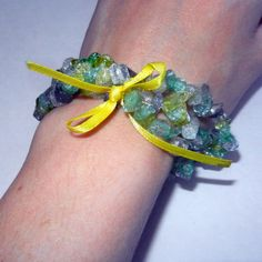 Green Yellow and White Chip Glass Bracelet $12.00