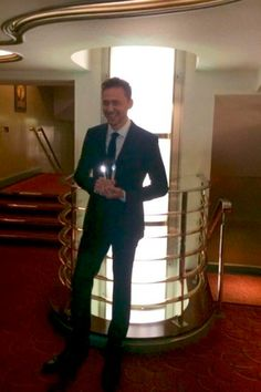 """""""WhatsOnStage @WhatsOnStage: Mr @twhiddleston with the award for Best Play Revival #WOSAwards"""" https://twitter.com/WhatsOnStage/status/567051488397361152/photo/1"""