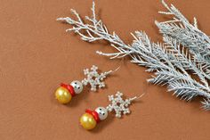 Show you the final piece of my snowman drop earrings with snowflake pattern! Lovely and nice, isn't it?