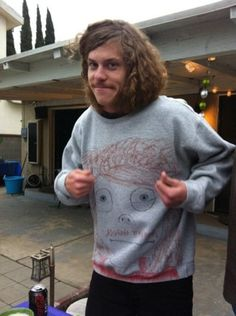 adorable Blake Anderson. He gets ironic dressing. give that man an oscar!