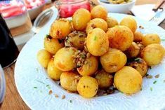 Du ska få recept på det godaste i potatisväg man kan äta....tycker vi i vår familj i alla fall. Dessa potatisar blir typ gräddiga invändigt, eller krämiga kanske är ett bättre ord. Ofantligt gott till grillat....å till mycket annat också. Jag bara älskar det här alltså! Solrosfrna blir sådär härligt