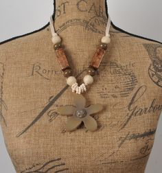 ADELAQUEEN New Brown Retro Elegant Resin Log Jewelry with Flower and Beads Long Necklace