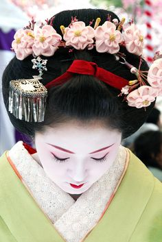 Ichimame -- the Maiko's beautiful hair ornaments; a celebration of beauty!