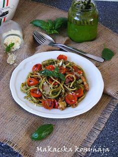 Sült paradicsomos, pestos spagetti Spagetti, Pesto, Chicken, Food, Essen, Meals, Yemek, Eten, Cubs