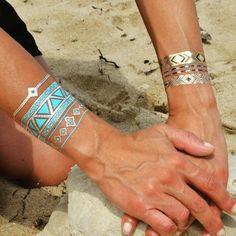 Eyota on The Beach Bonne journée les filles ! www.ethnikk.com #tattoo #ethnikktattoo #goldtatoo #Bracelets #Bijou #ootd #girl #sun #été #mode #igers #fashion #instamood #jewelry #tatouagetemporaire