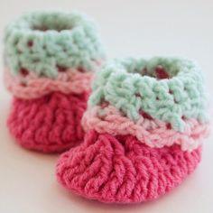 Cutie Newborn Baby Booties | AllFreeCrochet.com