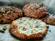 15 FIT Przepisów na Dietetyczne Bułki Salmon Burgers, Muffin, Breakfast, Ethnic Recipes, Food, Salmon Patties, Meal, Eten, Meals