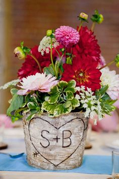 rustic centerpiece :  wedding flowers centerpiece rustic