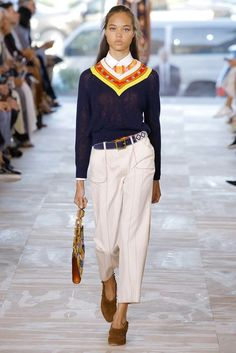Tory Burch Spring 2017 Ready-to-Wear Fashion Show - Dilia Martens