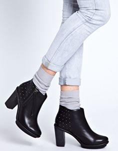New Look T Chica Studded Black Ankle Boots