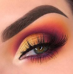 "3,777 Likes, 45 Comments - Swayze Morgan (@swayzemorgan) on Instagram: ""Come through, Violet Voss! ☀️ The new hashtag palette is simply stunning! Products used: ⭐️…"""