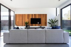 Gallery Of Balgownie By Dayne Lawrie Constructions Local Australian Design And Interiors Peregian Springs, Qld Image 16 House Design, House, Mid Century Modern House, Interior, Home, Modern House, New Homes, Ultra Modern Homes, Country House Design