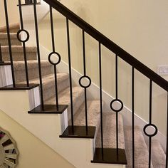 Cable Stair Railing, Modern Stair Railing, Wrought Iron Staircase, Wrought Iron Stair Railing, Stair Railing Design, Iron Balusters, Metal Stairs, Modern Stairs, Staircase Railings