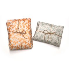 HEARTIC lily flower wrapping paper.