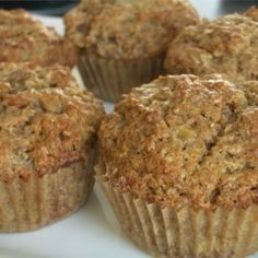 Banana Bran Muffins Recipe - Bran lends a nutty flavor and makes these sweet indulgences a little more healthy. Banana Bran Muffins, Banana Nut Bread, Muffins Sains, Muffin Bread, Cupcakes, Cupcake Cakes, Healthy Muffins, Healthy Desserts, Muffin Recipes