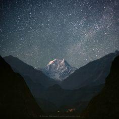 """""""Nicht der Berg ist es, den man bezwingt, sondern das eigene Ich."""" (Sir Edmund Hillary, Erstbesteiger des Mount Everest)  Blick vom Kali Gan..."""