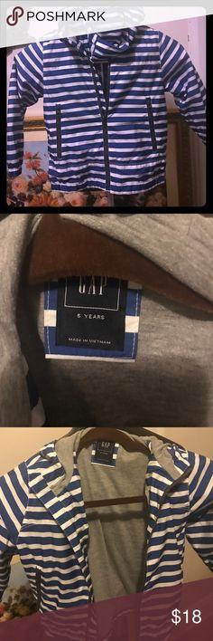 Gap Kids Jacket New condition Kids Gap zip jacket blue white stripped Jackets & Coats