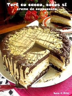 """At any time works for """"""""a very good coffe"""""""" and of course the favorite class is undoubtedly the warm espresso. Romanian Desserts, Romanian Food, Cacao Recipes, Cacao Nibs, Chiffon Cake, Pie Dessert, Food Cakes, Frappe, Something Sweet"""