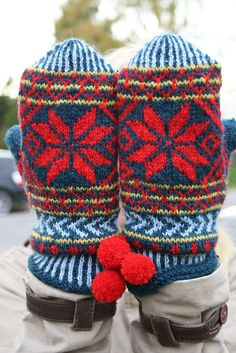 Ravelry: Project Gallery for Hembygdsvante pattern by Solveig Larsson