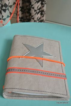"Claudis Atelier: ""Fauxdoris"" + noch mehr SnapPap Journal Design, Creative Journal, Notebook Design, Sewing Tutorials, Sewing Projects, Cute Journals, Journal Covers, Bookbinding, Travelers Notebook"
