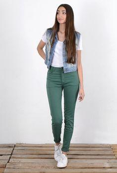 MID SEASON SALE en tienda online de Kaotiko: pantalón PIN UP VERDE BOTELLA