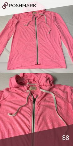 Bright Pink light Zip up hoodie by American eagle Used condition PLEASE NO TRADES! NO P PA L! NO MRCRI! I am very open to offers but please remember to be reasonable. If you would like discounted shipping just let me know in the comments below so i can lower the price by 10%. I have a bundle discount too for more savings. go ahead and send an offer i dont bite! 😁 American Eagle Outfitters Sweaters