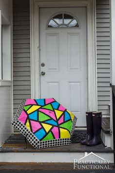 A cute umbrella is a must for spring! Transform a boring umbrella into an awesome neon color block umbrella just by adding a bit of paint!