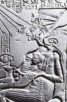 STAR GATES: 3 different residents of the Earth, at the same time? what message they left for us here???? What do you see????? Nefertiti in a form less attractive then her Berlin Bust