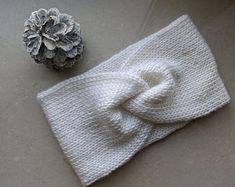 KNITTING PATTERN Knit Earwarmer Headband The Sèk | Etsy Turban Headband Diy, Ear Warmer Headband, Twist Headband, Chunky Hat Pattern, Knit Headband Pattern, Knitted Headband, Knitted Hats, Cable Knitting Patterns, Knit Patterns