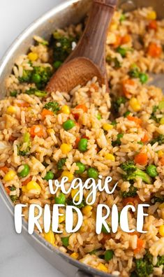 Simple veggie fried rice made with miso paste and other delicious ingredients. T… Simple veggie fried rice made with miso paste and other delicious ingredients. This fried rice is egg-free, vegan, and so tasty! via Karissa's Vegan Kitchen Tasty Vegetarian Recipes, Vegan Dinner Recipes, Vegan Dinners, Whole Food Recipes, Cooking Recipes, Vegetarian Fried Rice, Healthy Fried Rice, Vegan Rice Dishes, Vegan Recipes With Rice