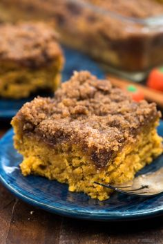 Pumpkin Coffee Cake is my mom's coffee cake made with pumpkin for fall breakfast. It has a thick and crunchy streusel on top! We could not stop eating this pumpkin coffee cake recipe! Banana Coffee Cakes, Vegan Coffee Cakes, Pumpkin Coffee Cakes, Pumpkin Dessert, Fall Breakfast, Breakfast Cake, Fall Baking, Holiday Baking, Savoury Cake