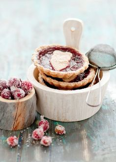 sugared cranberry tarts - beautiful food styling