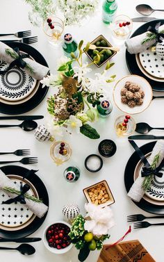 simple black and white holiday tabletop.