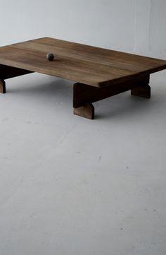 ローテーブル low table Japan