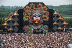 Q-Dance stage at Mysteryland!