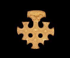10th century, a beautiful Viking gold 'cross'. Similar were found in Hiddensee Island hoard.