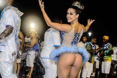 Musa da escola de samba Nenê de Vila Matilde, Gil Jung arrancou suspiros no ensaio técnico realizado na noite deste sábado (19), no sambódromo do Anhembi, em São Paulo. Com uma reveladora fantasia de bailarina, Gil deixou o bumbum à mostra e exibiu excelente forma