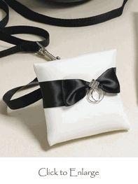 Dog / Pet Ring Bearer Pillow http://www.daisy-days.com/dog-ring-bearer-pillow.html #ringpillow #dog #daisydays