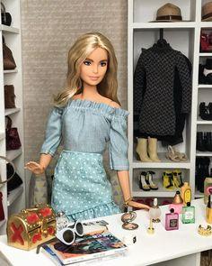 Barbie Top, Barbie Sets, Barbie Life, Diy Barbie Clothes, Doll Clothes, Barbie Outfits, Couture Fashion, Fashion Dolls, Barbie Fashionista Dolls