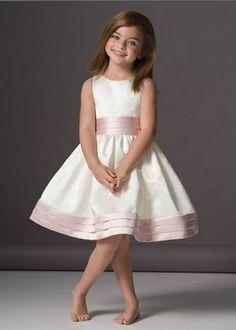 Big Wedding Dresses: Kids Bridesmaid Dress Designs Pictures