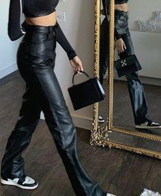 Women's Fashion Tips .Women's Fashion Tips Beauty And Fashion, Look Fashion, Passion For Fashion, Classy Fashion, Petite Fashion, French Fashion, Fashion Fashion, Korean Fashion, Winter Fashion