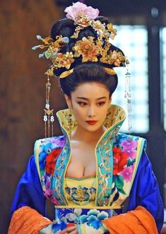 Tribal Fashion, Asian Fashion, Asian Woman, Asian Girl, The Empress Of China, Art Beauté, Chinese Clothing, Chinese Model, Hanfu