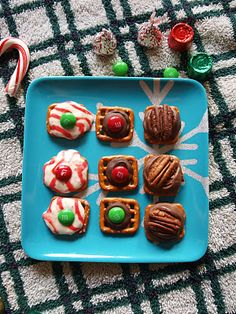 3 ingredients for each and 5 minutes to make and you've got yourself some seriously yummy Christmas candies.