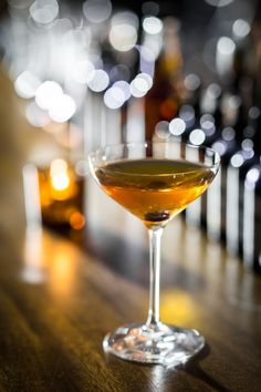 Autumnal Cocktails Perfect for the Crisp Days of Fall  - TownandCountryMag.com